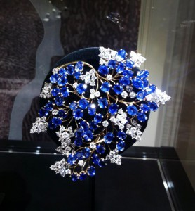 Fern clip-1947, yellow gold, sapphires, diamonds. In the former collection of Eva Peron.