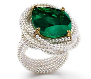 """La Colombiana Perfecta"" ring set in 18k yellow gold and titanium with Colombian emerald and natural fine pearls."