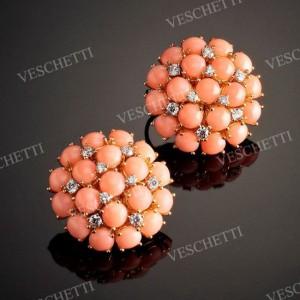 Peau d'Ange coral and brilliant -cut diamonds earrings