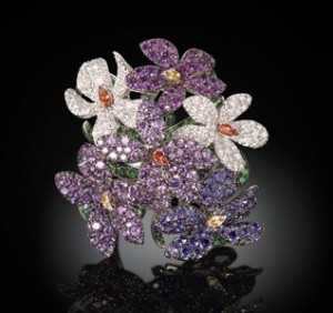 Violette ring set in white gold with coloured sapphires, tsavorites, diamonds, Palmiero Jewellery Design