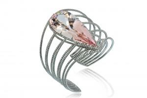 Morgan cuff set in titanium with pear -shaped morganite and diamonds, Margherita Burgener