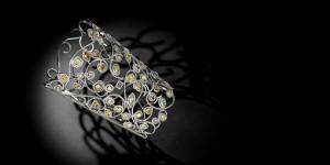 Fantasme cuff set with fancy diamonds, Leysen Joaillier