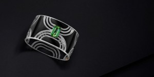 Manhattan cuff set with black jade, diamonds and a green tourmaline, Leysen Joaillier