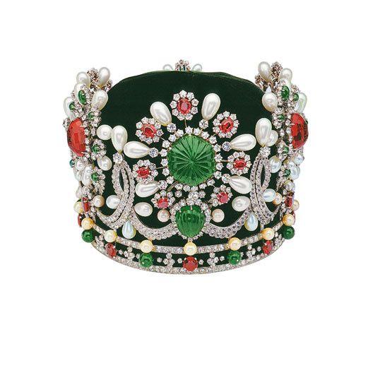 Iranian empress Farah Diba's crown, Van Cleef&Arpels
