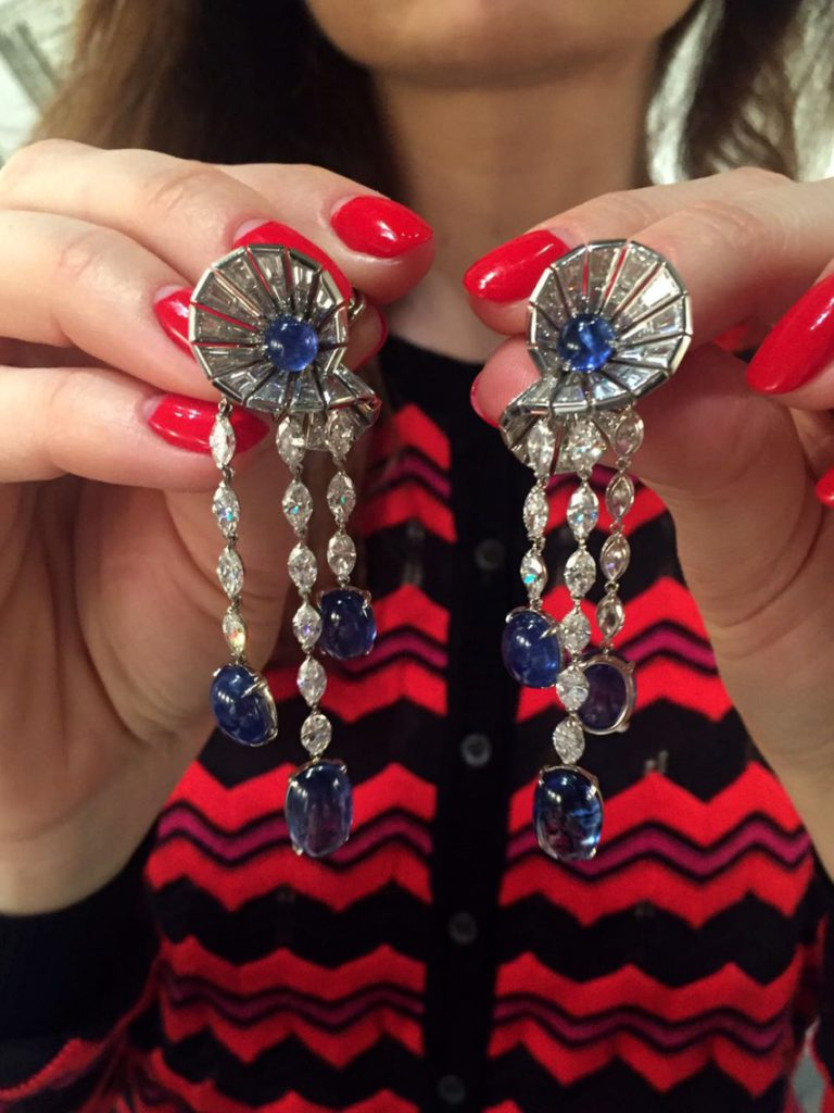 Briolette earrings in white gold with cabochon sapphires and marquise cut diamonds, Reza