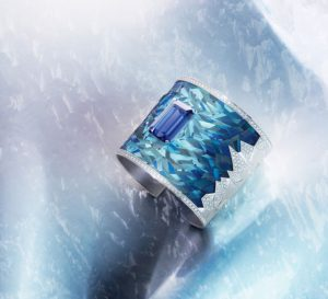 Blue Emotion cuff, Piaget